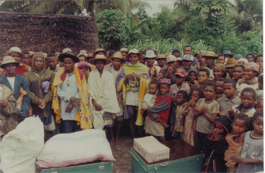 Fischernetze für das Dorf Nosiala, Madagaskar