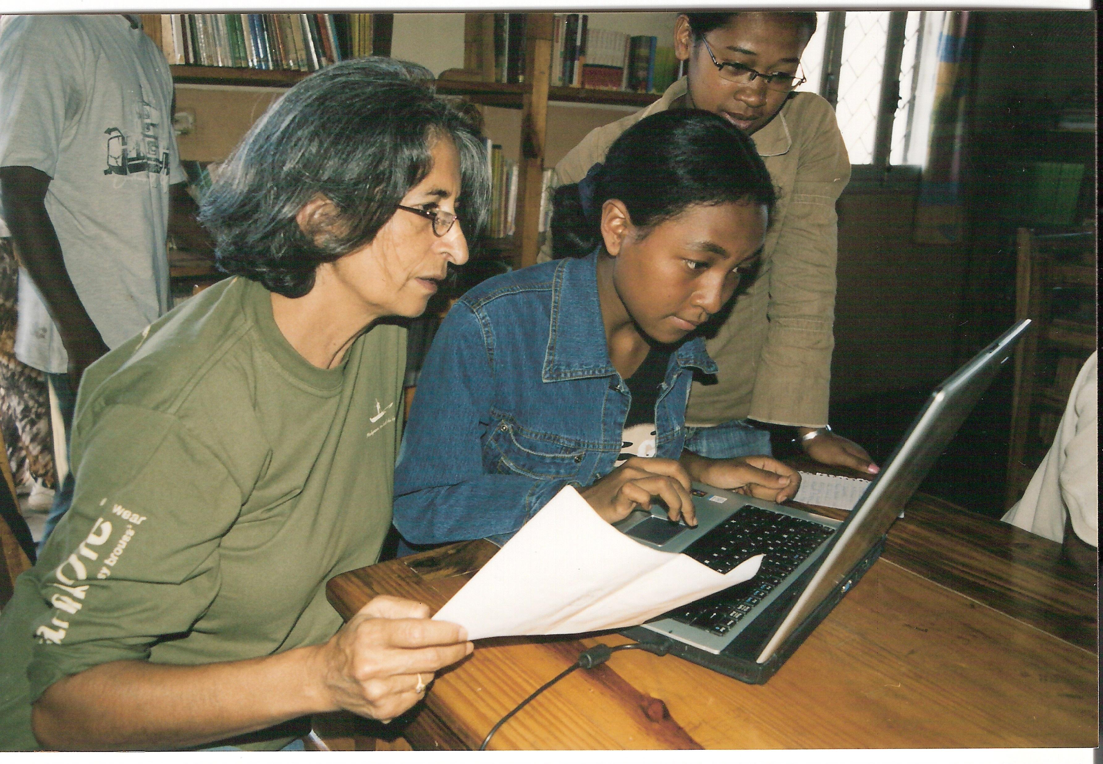 Computer-Training-Programm fuer Jugendliche in Antananarivo, Madagaskar